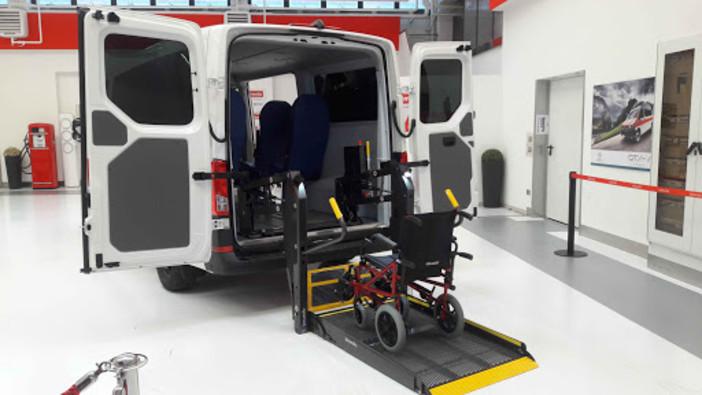 Olmedo Spa: le vetture per il trasporto dei disabili